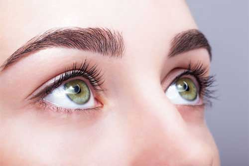 Grüne Augen betonen
